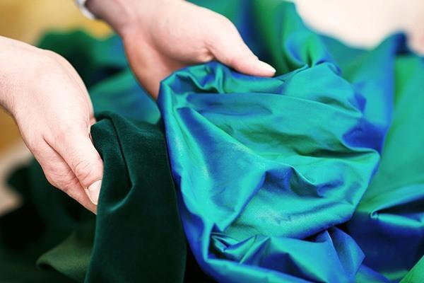 Elde Stoffe und Tücher zur Aufbahrung